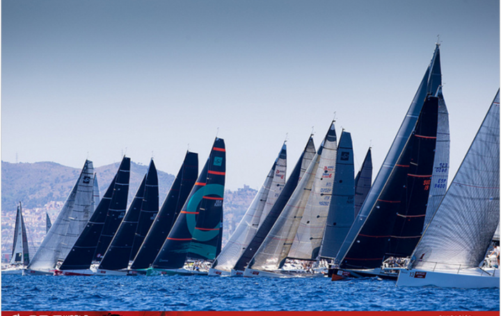 Class A starts after long wait for the wind - photo Maria Muina
